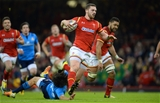 19.03.16 - Wales v Italy - RBS 6 Nations 2016 -George North of Wales runs in to score try.