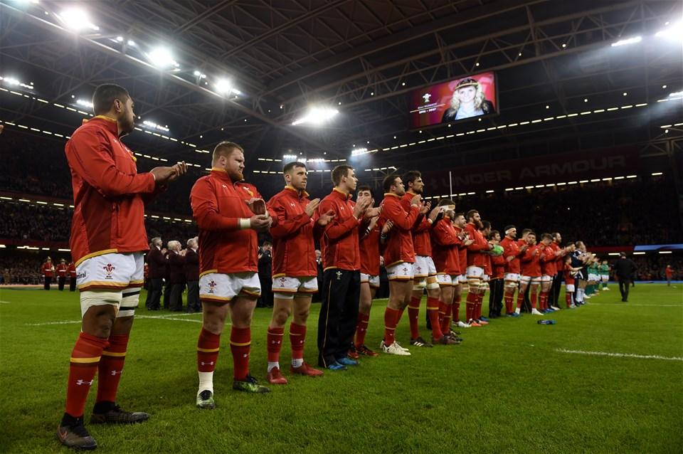 10.03.17 - Wales v Ireland - RBS 6 Nations 2017 -Wales players during a moments applause in memory of Ellie Norkett.