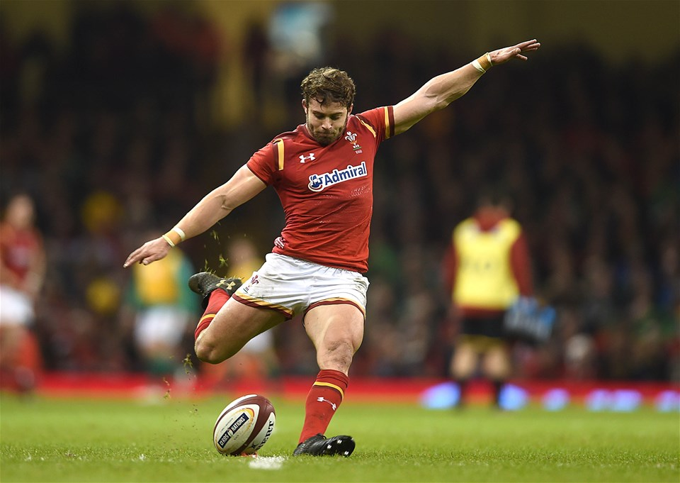 10.03.17 - Wales v Ireland - RBS 6 Nations 2017 -Leigh Halfpenny of Wales kicks at goal.