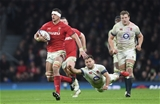 10.02.18 - England v Wales - NatWest 6 Nations -Aaron Shingler of Wales gets past Danny Care of England.
