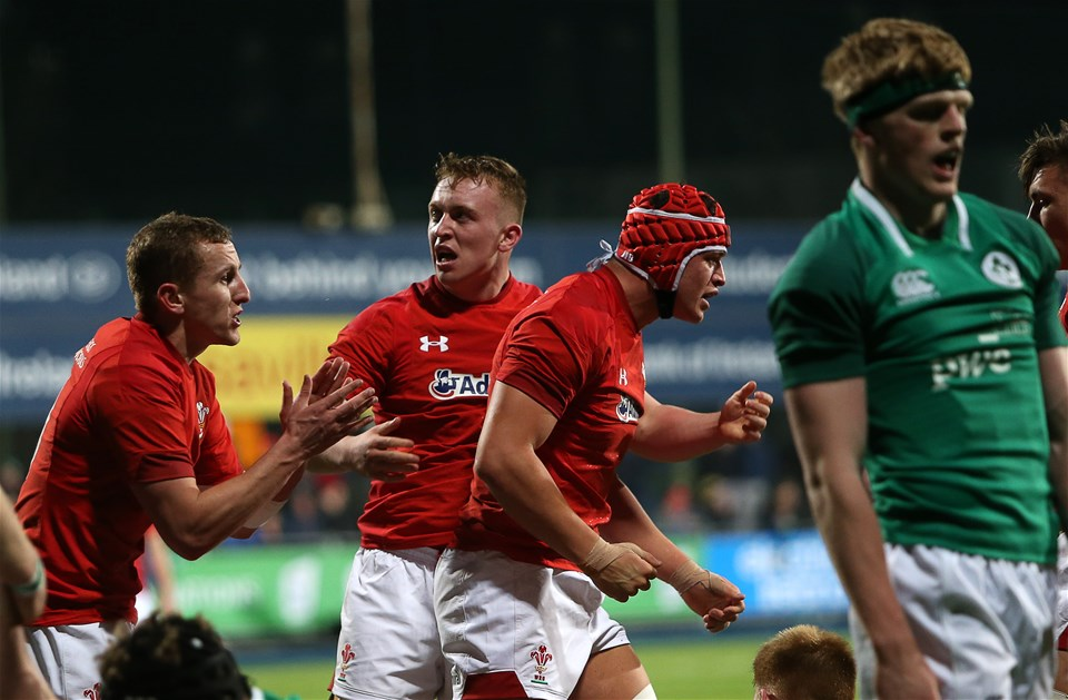 23.02.18 - Ireland U20s v Wales U20s - Natwest 6 Nations - James Botham of Wales celebrates scoring a try with Tommy Reffell.