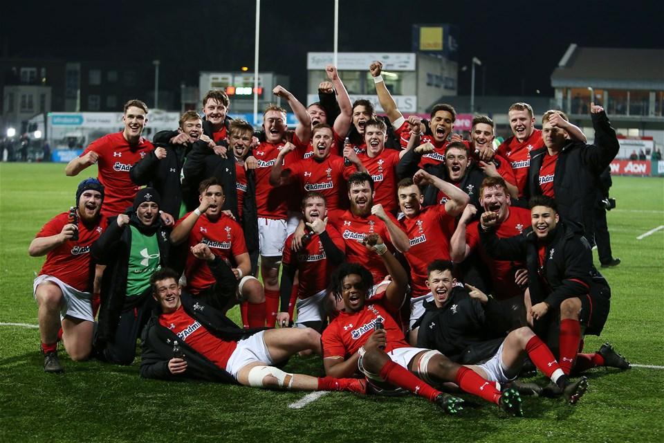 23.02.18 - Ireland U20s v Wales U20s - Natwest 6 Nations - Wales celebrate at full time.