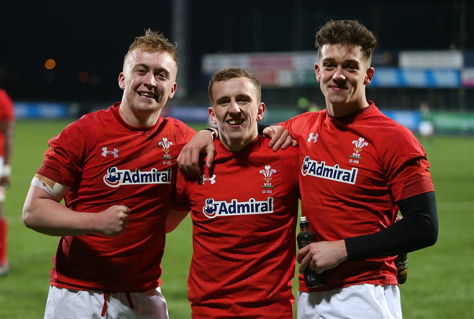 23.02.18 - Ireland U20s v Wales U20s - Natwest 6 Nations - Tommy Reffell Ben Jones and Joe Goodchild of Wales.