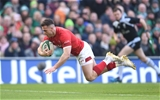24.02.18 - Ireland v Wales - NatWest 6 Nations 2018 -Gareth Davies of Wales scores try.