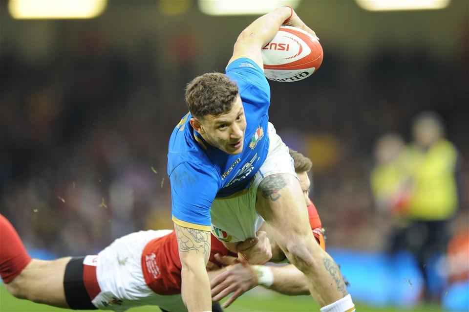 11.03.18 - Wales v Italy - NatWest 6 Nations Championship - Matteo Minozzi of Italy scores