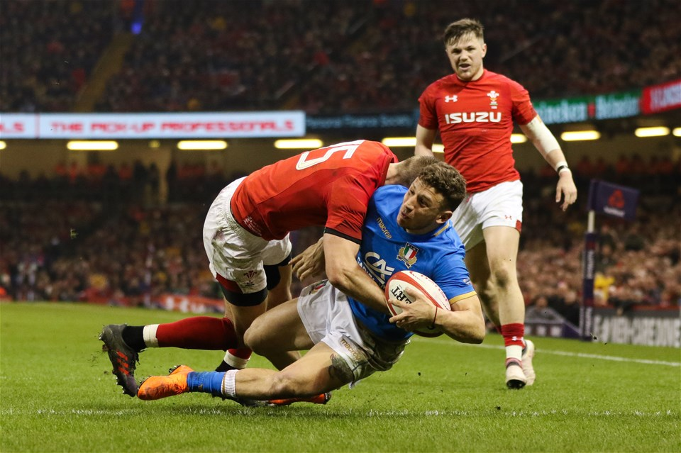11.03.18 - Wales v Italy, NatWest 6 Nations 2018 - Liam Williams of Wales tackles Matteo Minozzi of Italy resulting in a yellow card for Williams