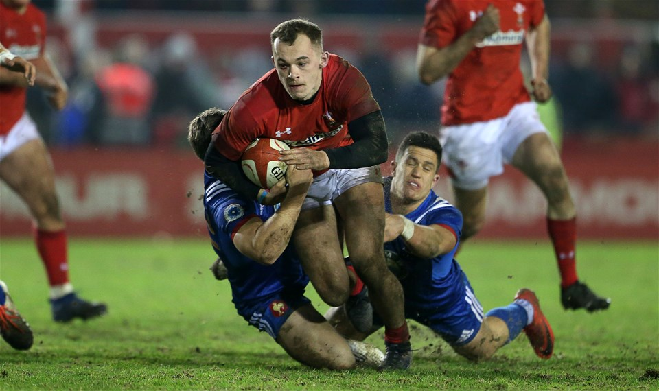 16.03.18 - Wales U20s v France U20s - Natwest 6 Nations Championship - Ioan Nicholas of Wales is tackled by Louis Carbonel and Adrien Seguret of France.