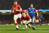 17.03.18 - Wales v France, NatWest 6 Nations 2018 - Liam Williams of Wales dives in to score try