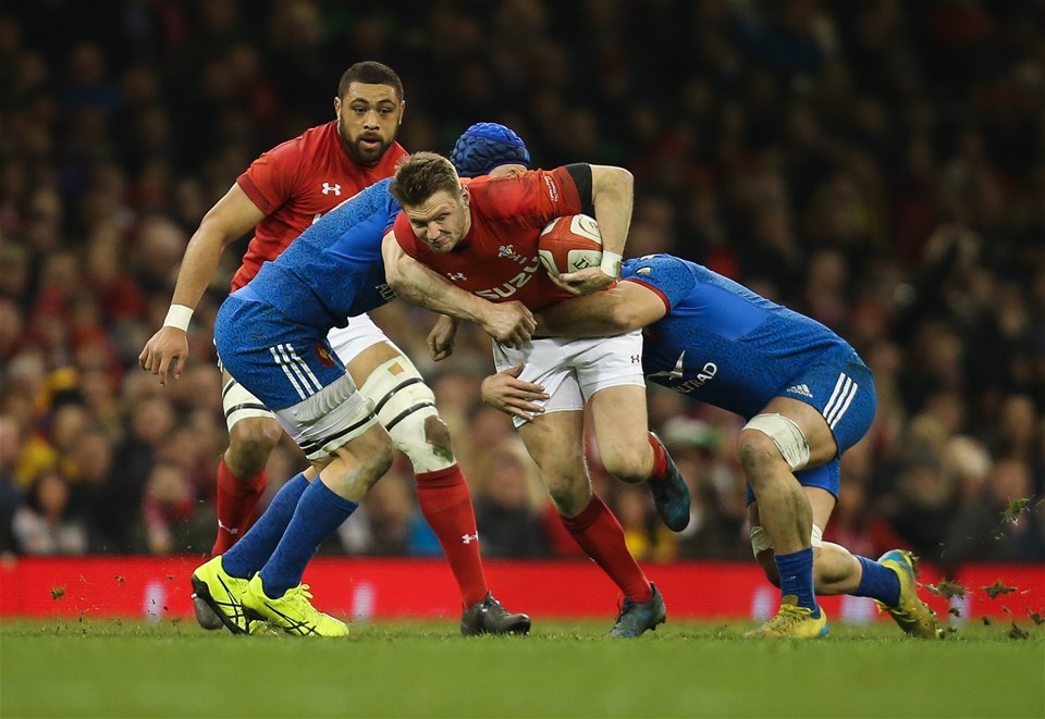 17.03.18 - Wales v France, NatWest 6 Nations 2018 - Dan Biggar of Wales takes on Wenceslas Lauret of France and Marco Tauleigne of France