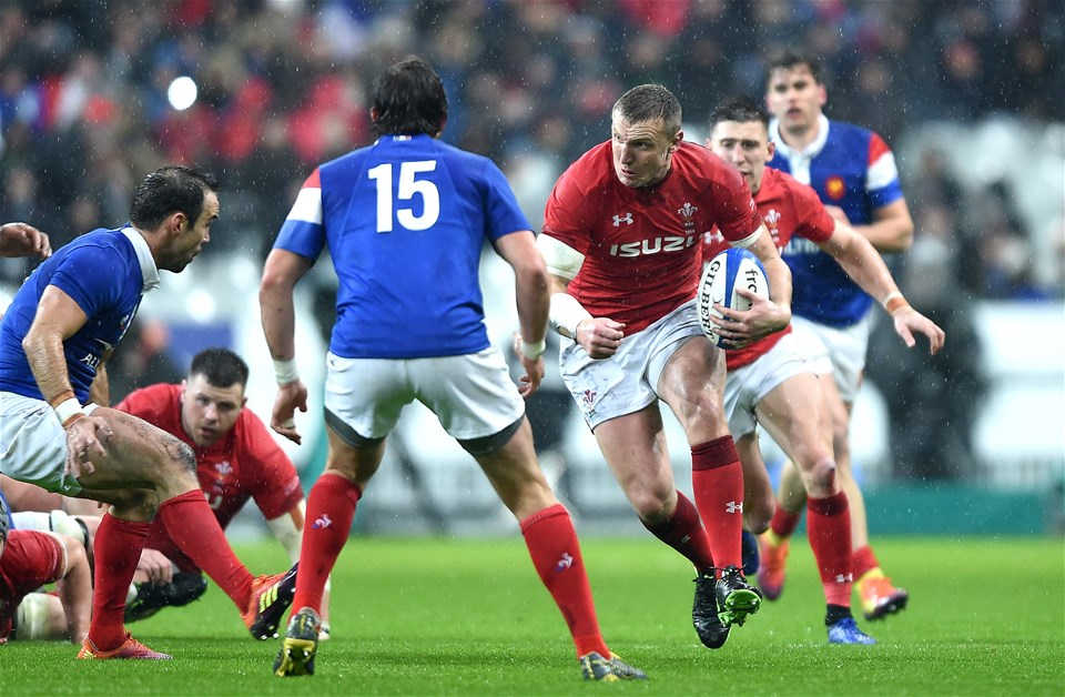 01.02.19 - France v Wales - Guinness 6 Nations 2019 -Hadleigh Parkes of Wales gets into space.