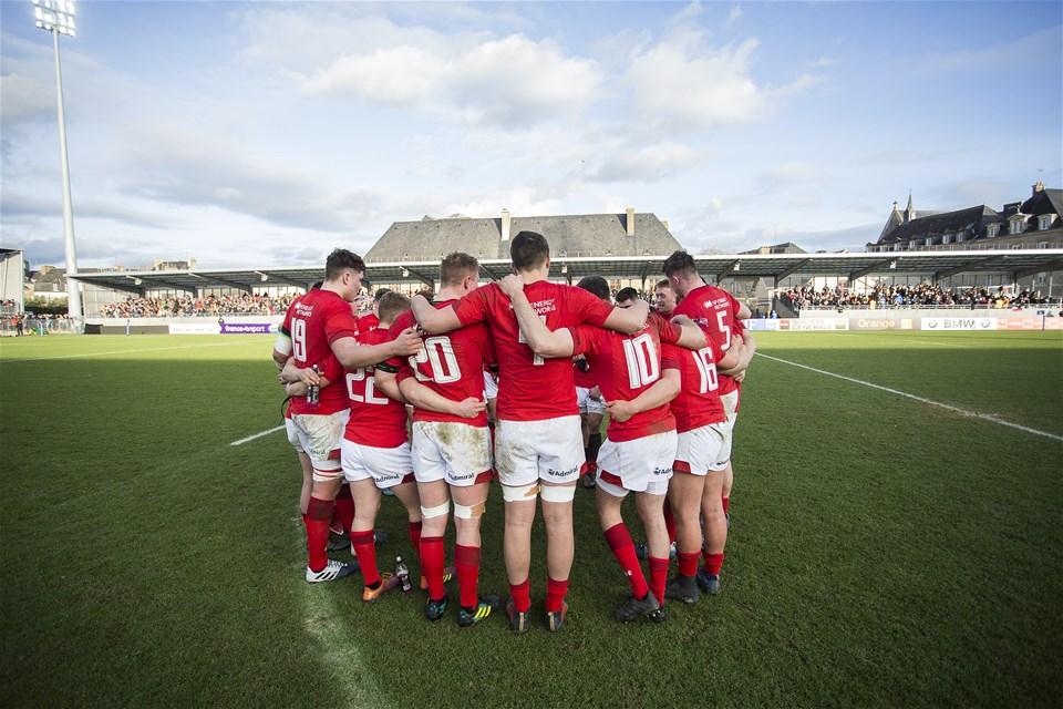 03.02.19 - France U20s v Wales U20s - U20s 6 Nations Championship - Wales team huddle.