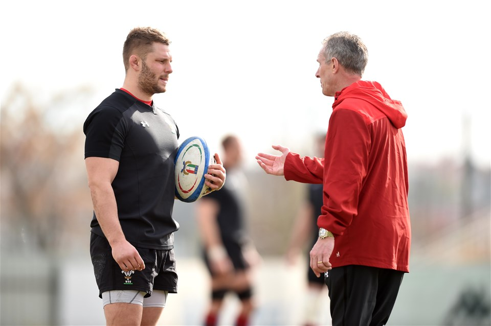 07.02.19 - Wales Rugby Training -Thomas Young and Rob Howley during training.