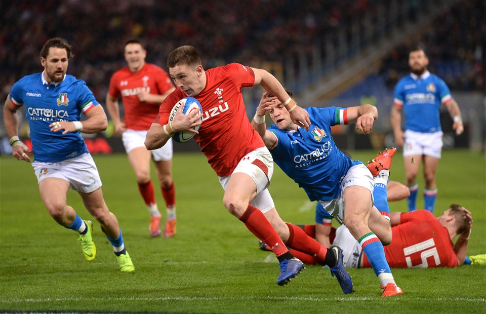 09.02.19 - Italy v Wales - Guinness Six Nations -Josh Adams of Wales runs int score try.