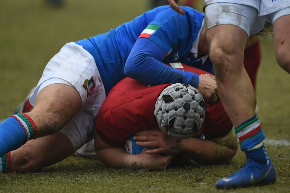 10.02.19 - Italy v Wales - Guinness U20 Six Nations - Ed Scragg scores a try
