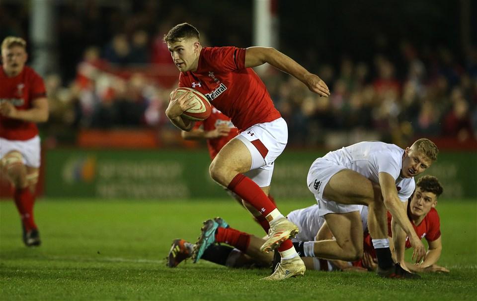 22.02.19 - Wales U20s v England U20s - U20s 6 Nations Championship - Max Llewellyn of Wales makes a break.