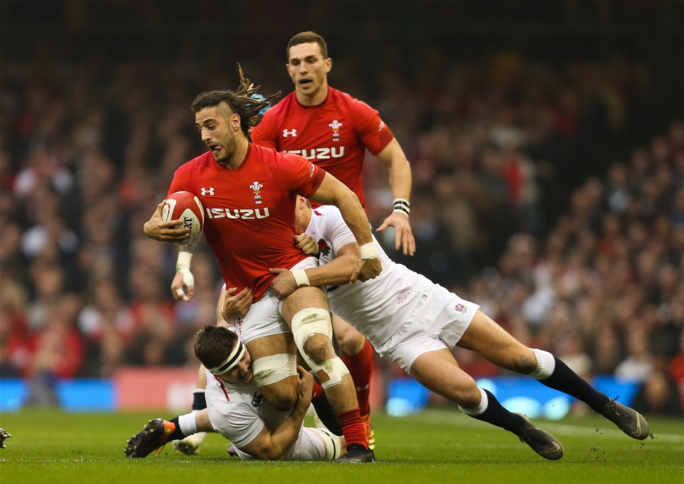 23.02.19 - Wales v England, Guinness Six Nations - Josh Navidi of Wales looks to break away