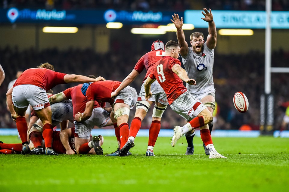 23.02.19 - Wales v England, Guinness Six Nations  - Gareth Davies of Wales kicks the ball forwards