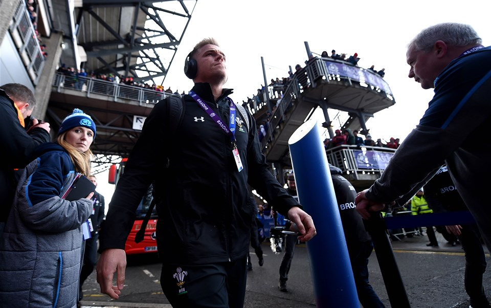 09.03.19 - Scotland v Wales - Guinness Six Nations -Gareth Anscombe of Wales arrives.