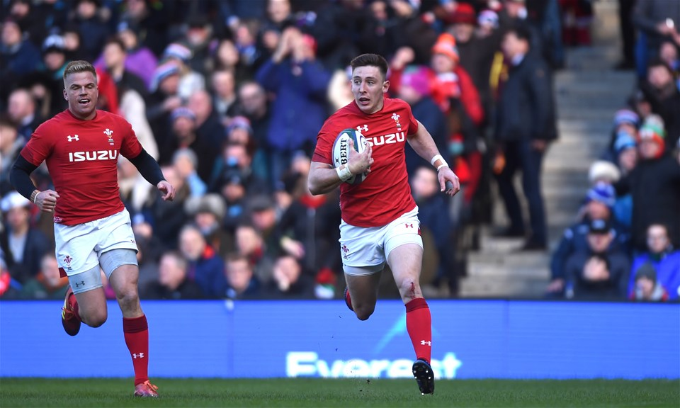 09.03.19 - Scotland v Wales - Guinness Six Nations -Josh Adams of Wales runs in to score try.