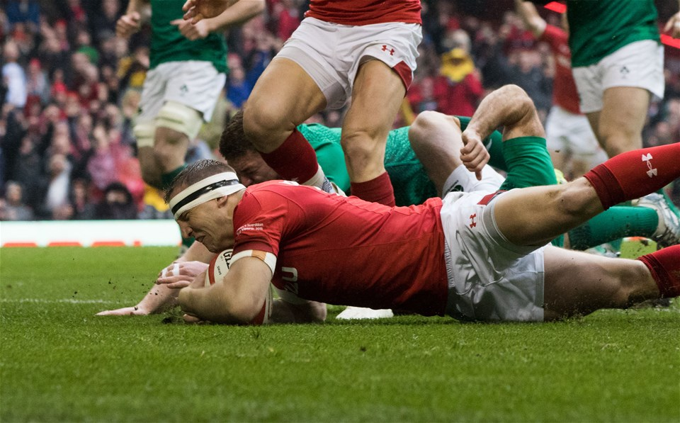 16.03.19 - Wales v Ireland, Guinness Six Nations Championship 2019 - Hadleigh Parkes of Wales powers over to score try