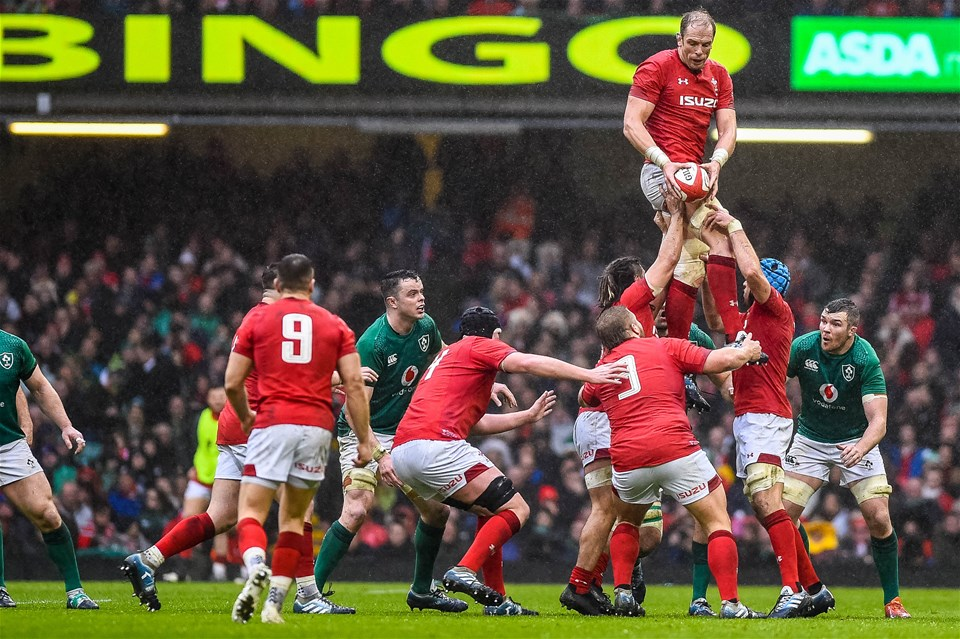 16.03.19 - Wales v Ireland - Guinness Six Nations - Alun Wyn Jones of Wales catches the line out ball