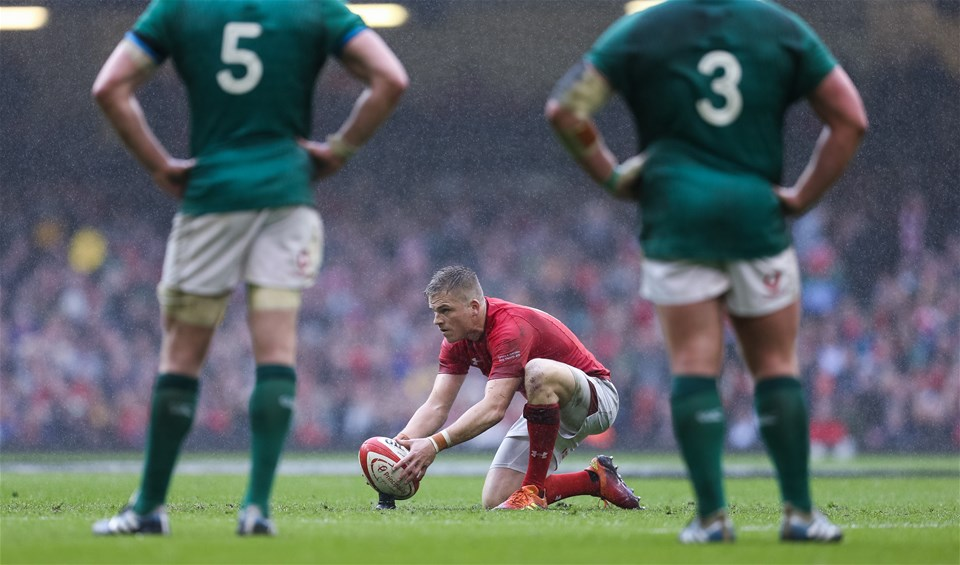 16.03.19 - Wales v Ireland, Guinness Six Nations Championship 2019 - Gareth Anscombe of Wales lines up a penalty kick