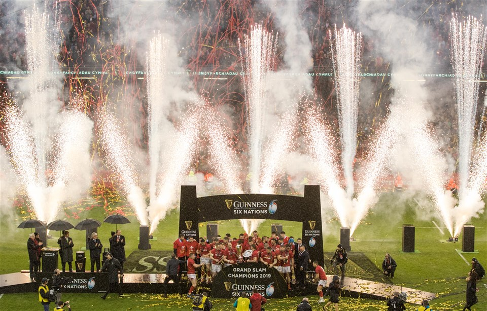 16.03.19 - Wales v Ireland, Guinness Six Nations Championship 2019 - The Wales squad celebrate after winning the Grand Slam