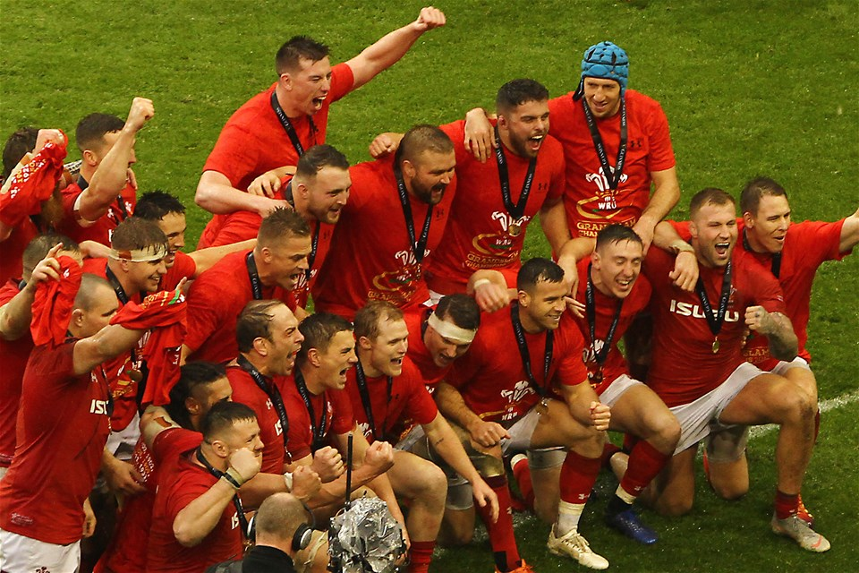 16.03.19 - Wales v Ireland - Guinness Six Nations - Players and backroom staff of Wales celebrate winning the 2019 Guinness 6 Nations at the final whistle