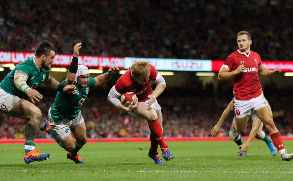 31.08.19 - Wales v Ireland, Under Armour Summer Series 2019 - Rhys Patchell of Wales drives over to score try