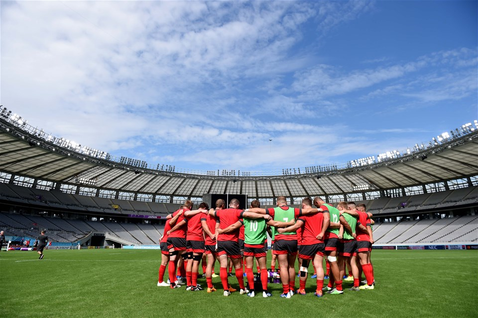 28.09.19 - Wales Rugby Training -Players huddle during training.