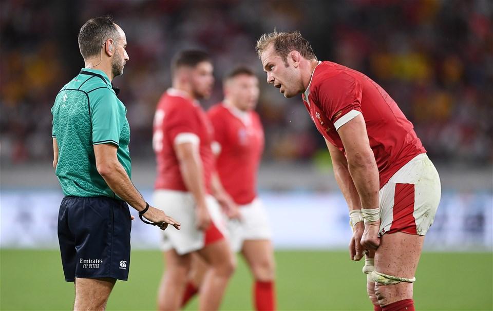 29.09.19 - Australia v Wales - Rugby World Cup - Alun Wyn Jones of Wales talks to Referee Romain Poite.