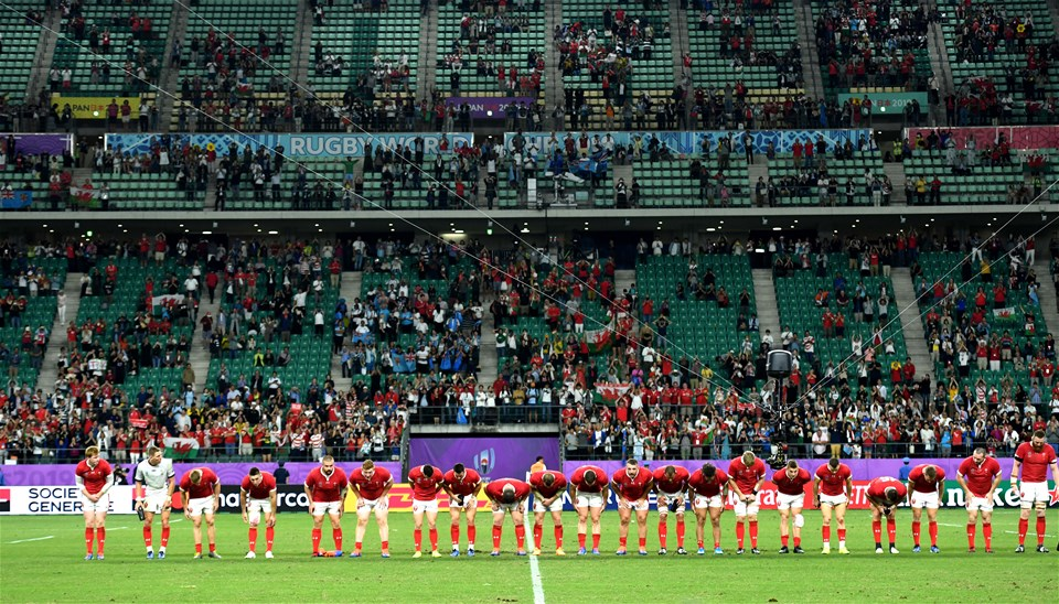 09.10.19 - Wales v Fiji - Rugby World Cup -Wales players bow at the end of the game.