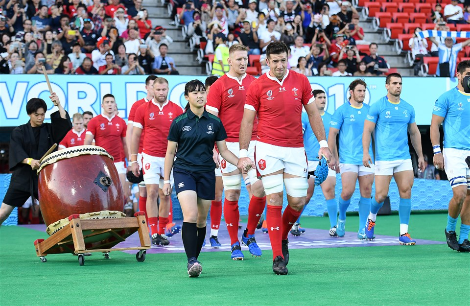 13.10.19 - Wales v Uruguay - Rugby World Cup - Pool D - Justin Tipuric of Wales walks out with mascot.