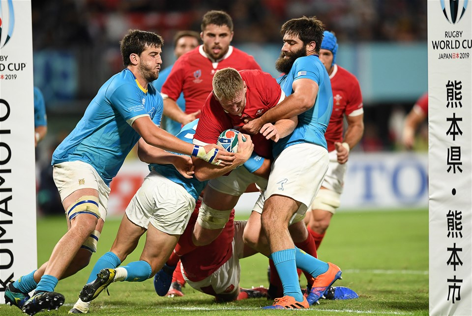 13.10.19 - Wales v Uruguay - Rugby World Cup - Pool D - Bradley Davies of Wales is tackled just before the try line by Santiago Arata and Diego Arbelo of Uruguay.
