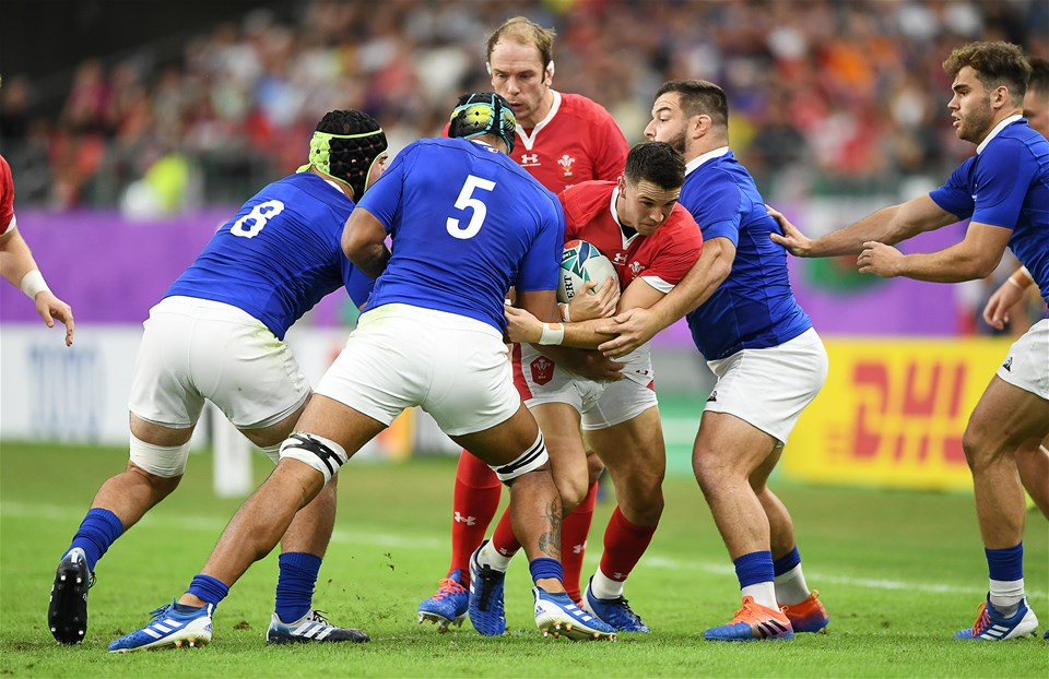 20.10.19 - Wales v France - Rugby World Cup Quarter Final - Owen Watkin of Wales is tackled by Sebastien Vahaamahina and Rabah Slimani of France.