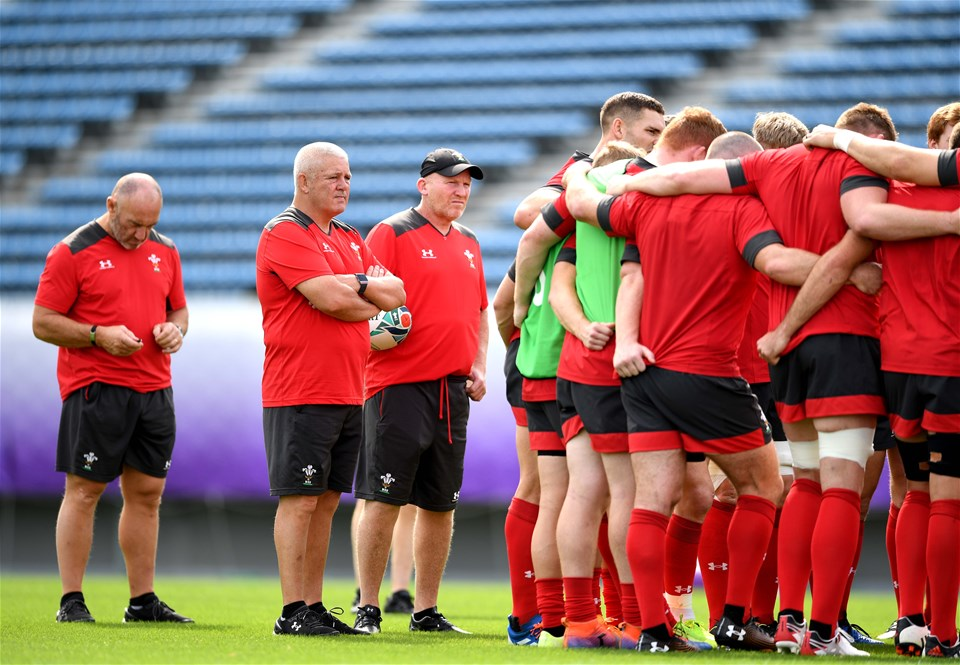 26.10.19 - Wales Rugby Training -Robin McBryde, Warren Gatland and Neil Jenkins during training.