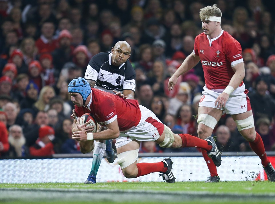 30.11.19 - Wales v Barbarians, Principality Stadium - Justin Tipuric of Wales dives across the line, but the try is ruled out
