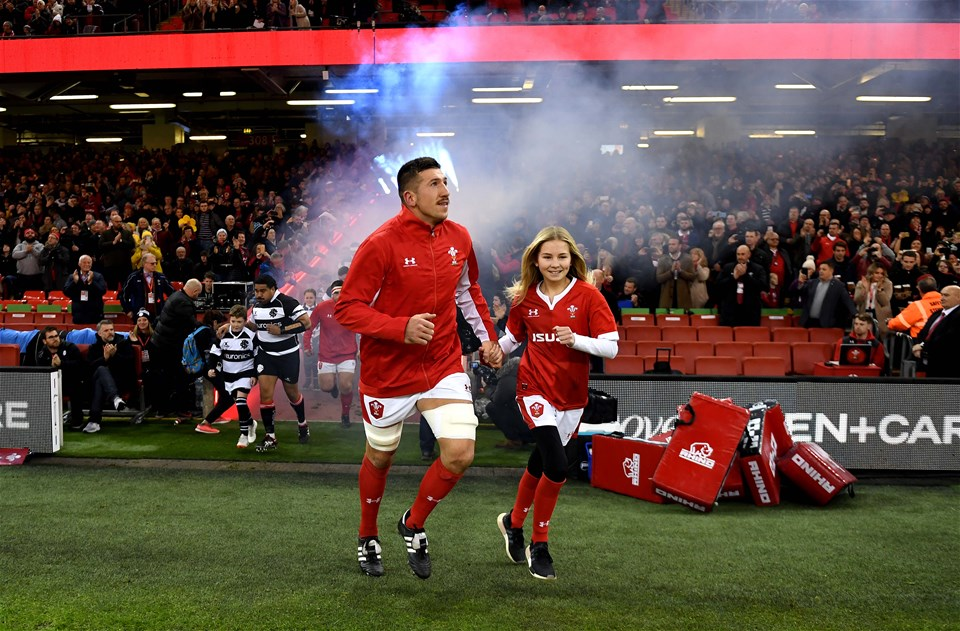 30.11.19 - Wales v Barbarians - International Rugby -Justin Tipuric of Wales leads out his side.