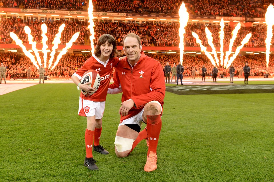01.02.20 - Wales v Italy - Guinness Six Nations -Alun Wyn Jones leads out his side with mascot.