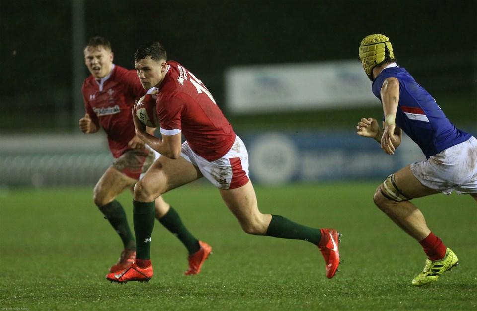 21.02.20 - Wales U20 v France U20, U20 Six Nations Championship - Mason Grady of Wales charges forward